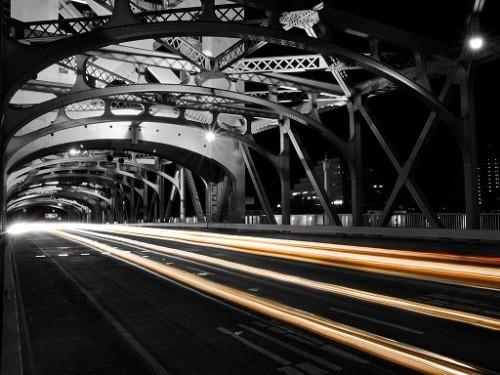 sacramentotowerbridgepassing
